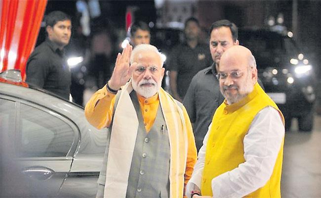 Shekar Gupta Article About Citizenship Amendment Bill - Sakshi
