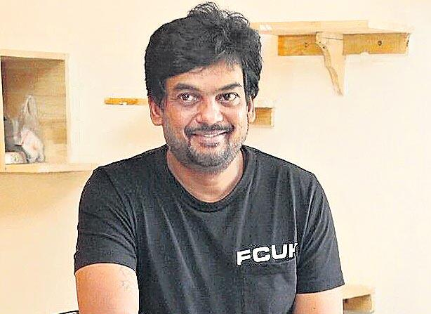 Vijay Deverakonda And Puri Jagannath Movie Fighter - Sakshi
