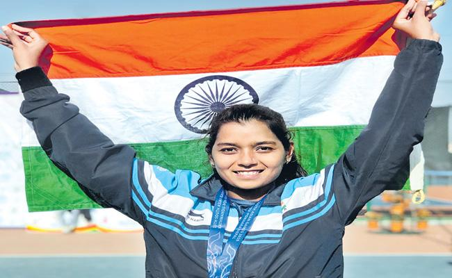 Hyderabad Player Sathwika Got Medal In South Asian Games - Sakshi