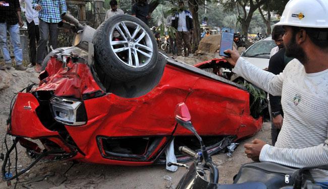 Biodiversity Flyover Accident: Raidurgam Police file Counter Petition - Sakshi