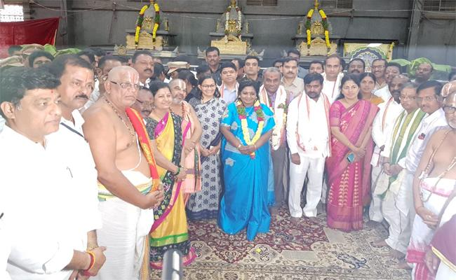 Governor of Telangana Who Visited Yadadri - Sakshi