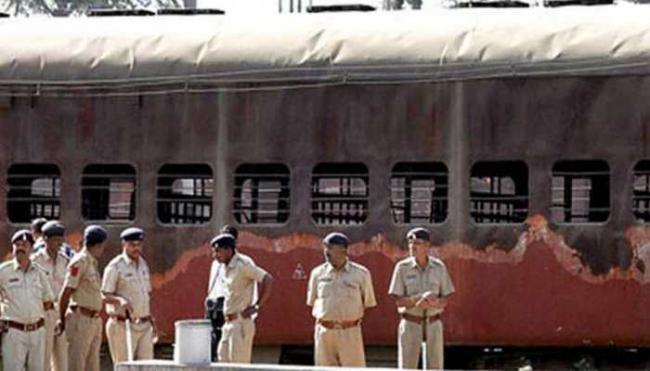 Justice Nanavati Commission Gives Clean Chit To Narendra Modi On Gujarat riots - Sakshi