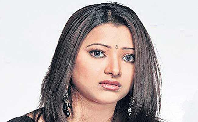 Shweta Basu Prasad And Rohit Mittal Divorced  - Sakshi
