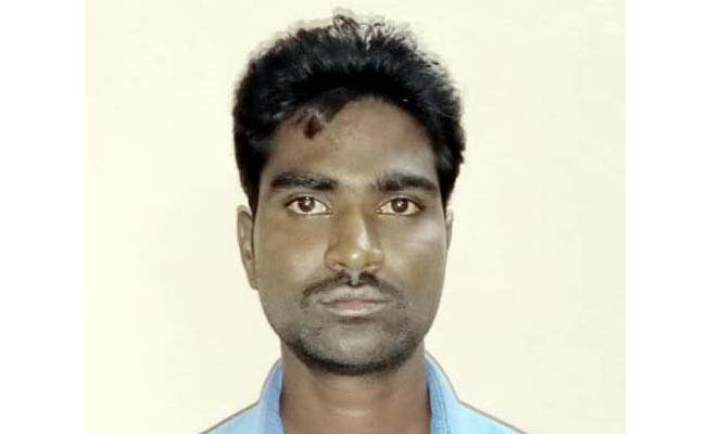 Man Fraud With Women In Kurnool District - Sakshi
