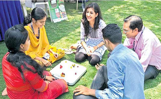 Board Games Are Making A Comeback Albeit Slowly Says Sriranjani - Sakshi