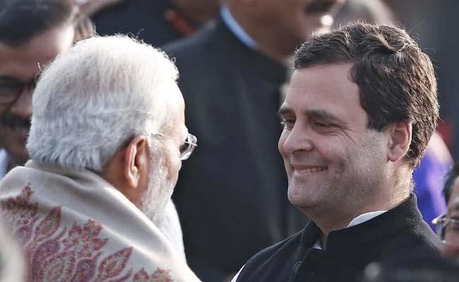 Rahul Gandhi Can Fight With Modi And Shah Says By Gehlot - Sakshi