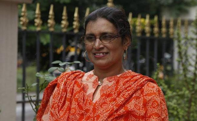 Shireen Dalvi  to return State Sahitya Akadami Award protest against #CAB2019  - Sakshi