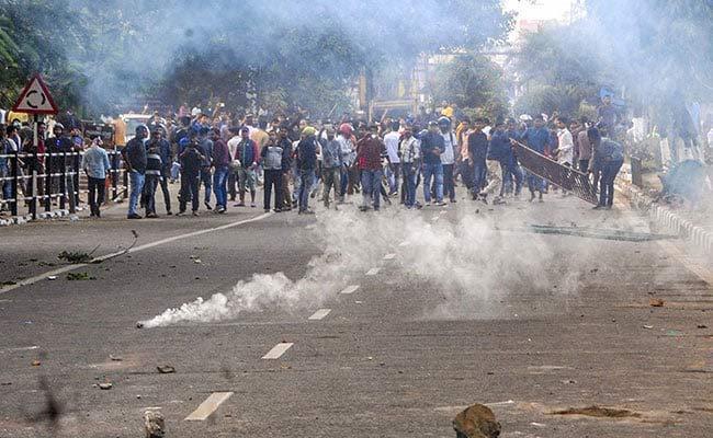 Protest Against Citizenship Amendment Bill 3 Dead In Police Firing In Guwahati - Sakshi