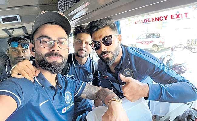 Team India Reaches Chennai For First ODI - Sakshi