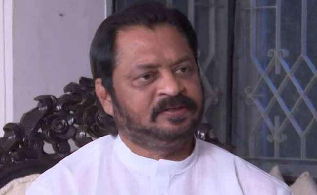 Former MP Harsha Kumar Arrested In Rajahmundry In East Godavari - Sakshi