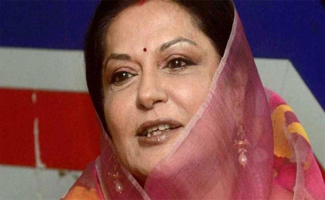 Moushumi Chatterjees Daughter Payal Dies With Diabetes  - Sakshi