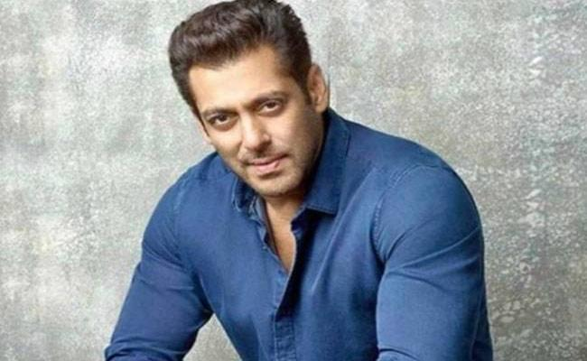 Salman Khan Interesting Statement About His Sleep Pattern - Sakshi