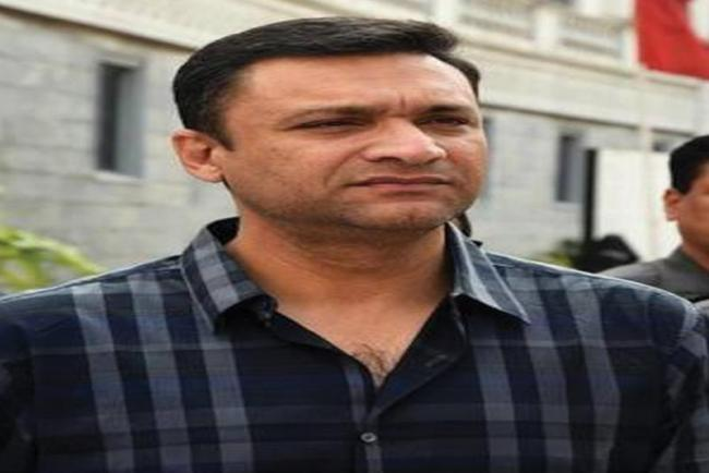 High Court Notice To Akbaruddin Owaisi - Sakshi