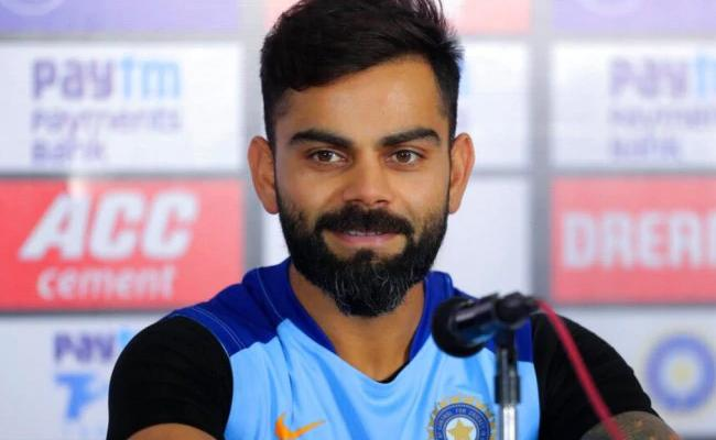 Kohli responds To Pietersen's Post Kid Flaunting Batting - Sakshi