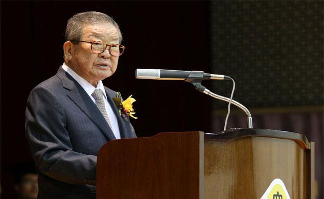 LG Group Former Chairman Koo Cha kyung Died  - Sakshi