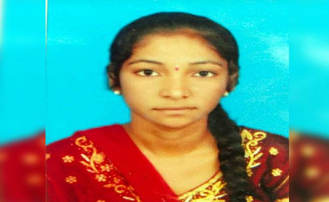 Woman Commits Suicide Over Love Harassments In Palvancha - Sakshi