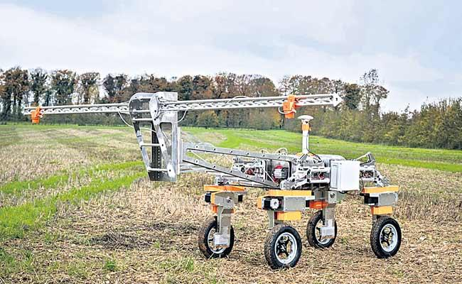 Worlds First Robotic Weeding Machine For Cereal Crops - Sakshi