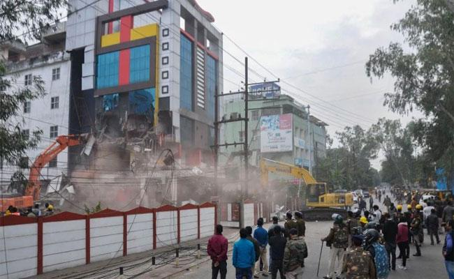 MP Government Announced Rs 1 Lakh Reward For Jeetu Soni Capture - Sakshi