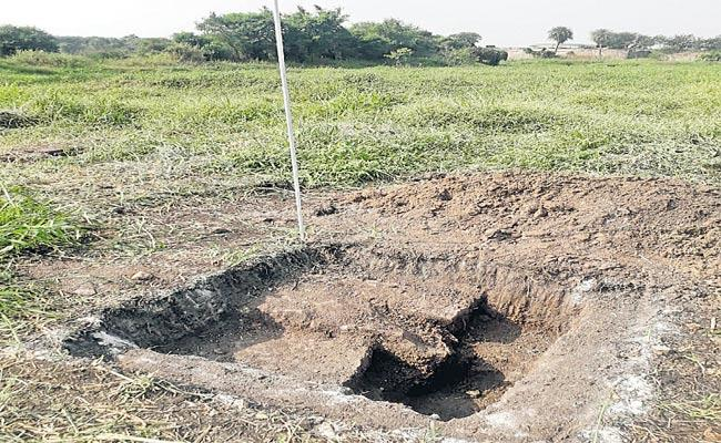 Preparations For Giving Golf Course Historic Land Adjacent To Golconda - Sakshi