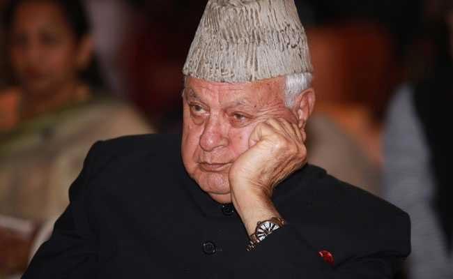 Farooq Abdullah gets 3 more months under PSA - Sakshi