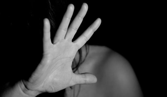 molested Teenage girl in uttar pradesh - Sakshi