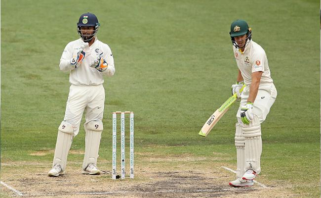 Australia Fans Troll Tim Paine Over Easy Run Out Missed - Sakshi