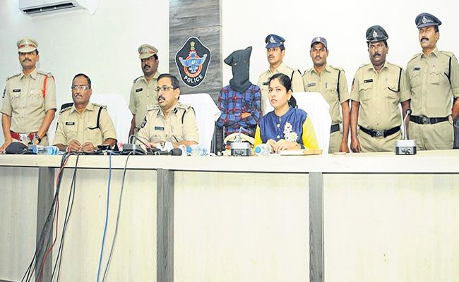 19 Year Old Boy Arrested By The Guntur Police For Raping Years Girl - Sakshi