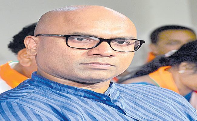 Nizamabad MP Aravind Fires On Congress party - Sakshi