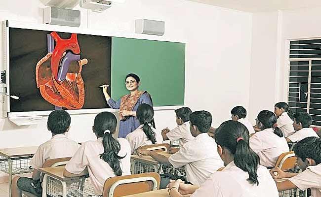 AP Government Establishment Of Virtual Classrooms In 105 Gurukul Schools - Sakshi