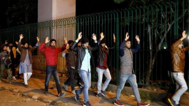 We are Treated like Criminals, Says Jamia students on police action - Sakshi