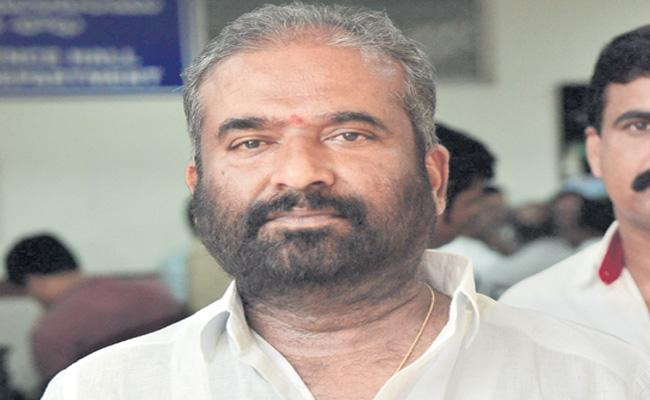 RTC Union Always There To Support Every Employee Says Ashwathama Reddy - Sakshi