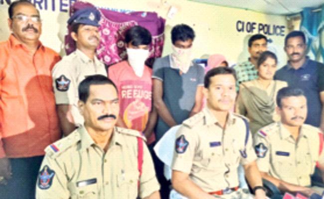 Wife Killed Her Husband In West Godavari District - Sakshi