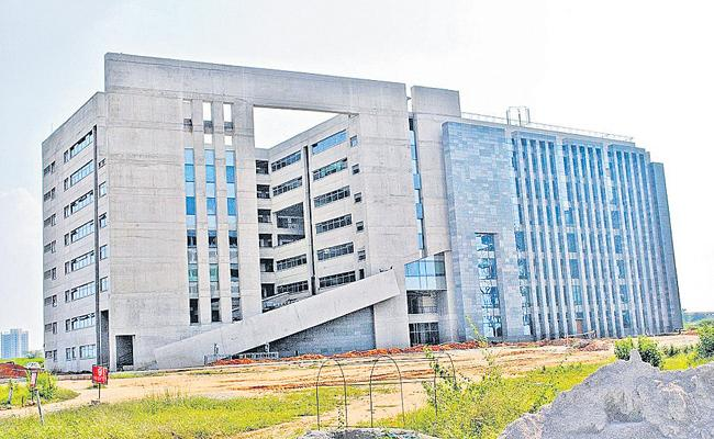 IIT campus recruitment ongoing in Hyderabad - Sakshi
