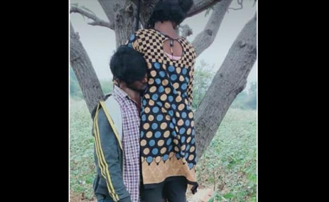 Two Love Couple Commited Suicide In Rangareddy - Sakshi