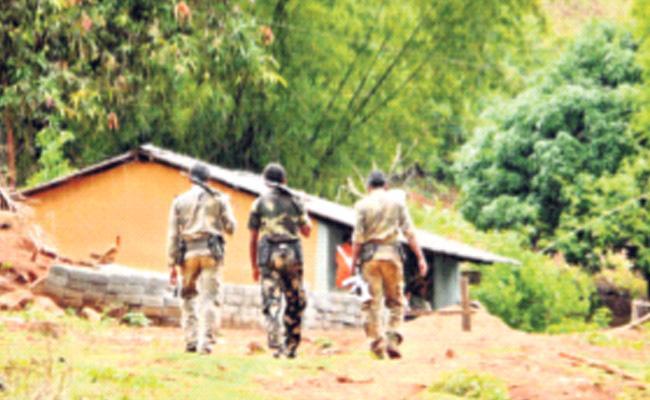 Red Alert In AOB Region - Sakshi