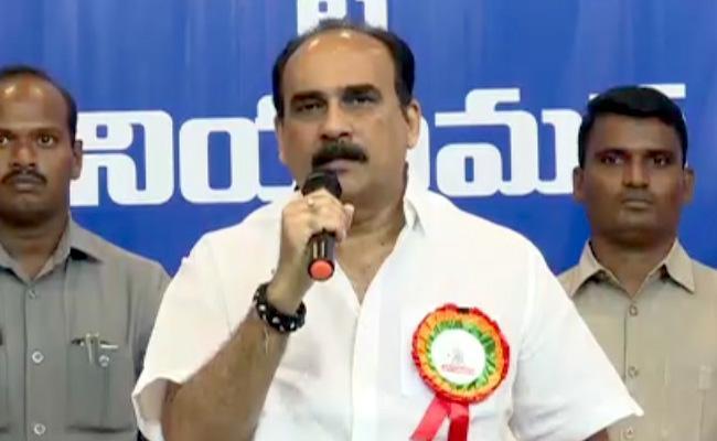 Balineni Srinivasa Reddy Said Employees Work With CM Jagan Ambition - Sakshi
