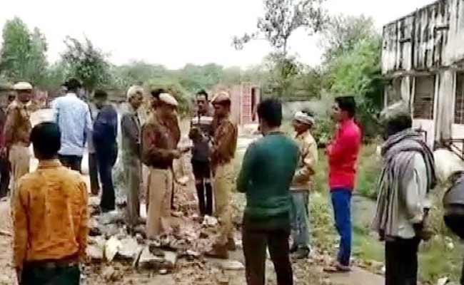 Girl Allegedly Molested Strangled With Belt in Rajasthan - Sakshi