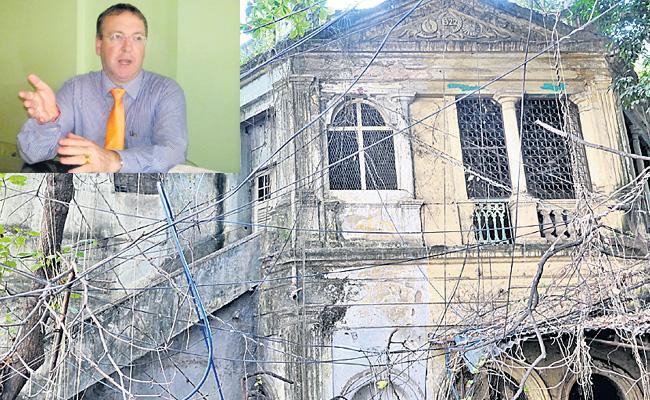 Andrew Fleming Tweet Over Historical Place - Sakshi