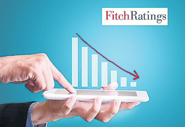 Fitch cuts India's GDP growth to 4.6persant - Sakshi