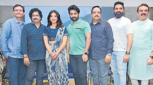 entha manchi vadavu ra movie press meet - Sakshi