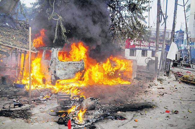 16 people killed in Uttar Pradesh - Sakshi