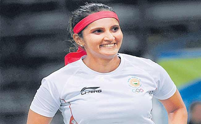 Sania Mirza Returns To Indian Fed Cup Team After Four Years - Sakshi