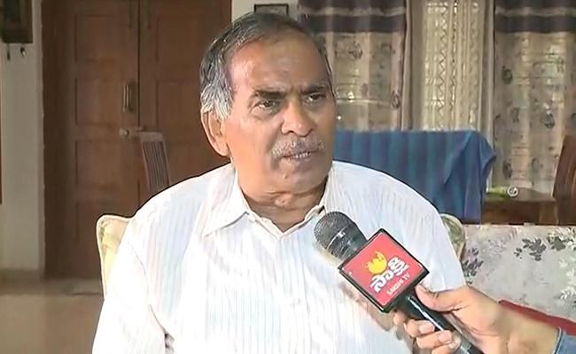 Venkatrami Reddy Fires on APPSC Chaiman Uday Bhaskar - Sakshi