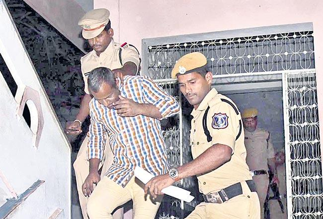 Hajipur murder Case Has Postponed To January 3rd Says By Pocso special court - Sakshi
