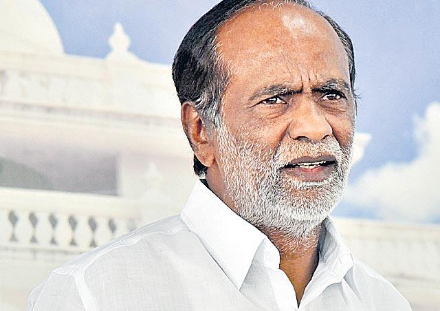 KCR, Owaisi playing divisive politics in TS - Sakshi