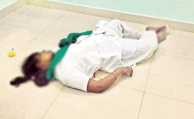 Staff Nurse Commits Suicide in Area Hospital Srikakulam - Sakshi