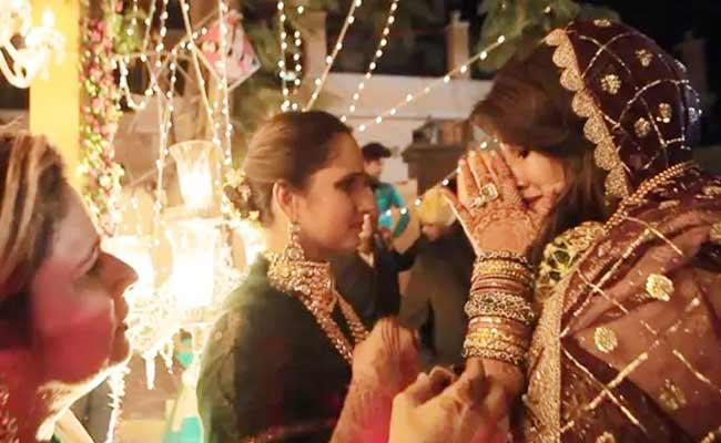 Sania Mirza Sister Anam Shares Her Wedding Video - Sakshi