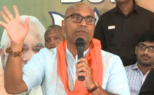 BJP MP Aravind Comments On KCR And Asaduddin Owaisi - Sakshi