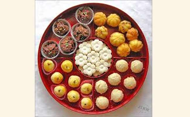 New Year Special Dishes For Cakes And Biscuits - Sakshi