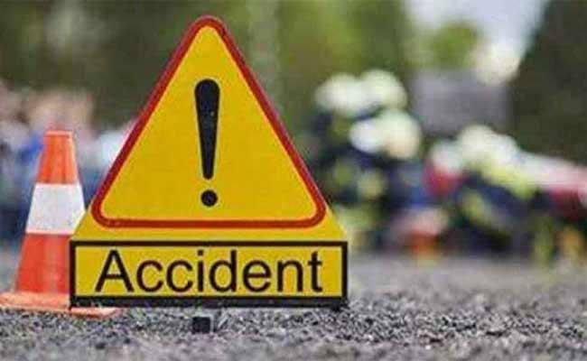 16 Indian Tourists injured In Bus Accident In Egypt - Sakshi